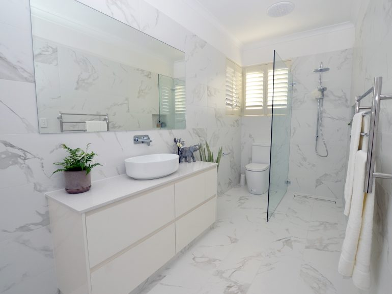 Renovating Your Small Bathroom