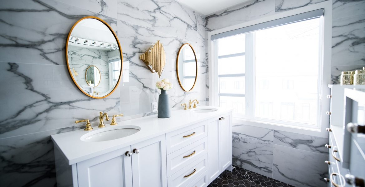 If Your Bathroom Layout Works, Work With It